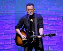 """LOS ANGELES, CALIFORNIA - MAY 05: Bruce Springsteen performs at Netflix FYSEE Opening Night """"Springsteen On Broadway"""" at Raleigh Studios on May 05, 2019 in Los Angeles, California. (Photo by Kevin Winter/Getty Images)"""