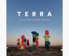 Le-Luci-della-Centrale-Elettrica_Terra_recensione_music-coast-to-coast1